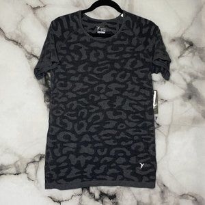 NWT Old Navy Active Short Sleeve Top